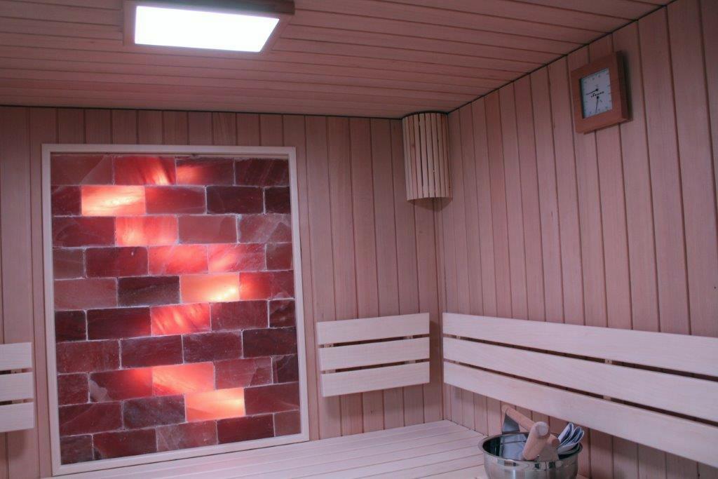 sauna mit himalaya salz anteil saunabau kasberger in sterreich. Black Bedroom Furniture Sets. Home Design Ideas